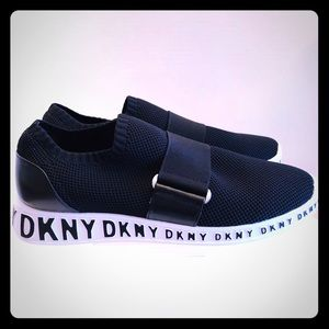 DKNY- Mia Slip on Sneakers, In Black, size 8, NWT